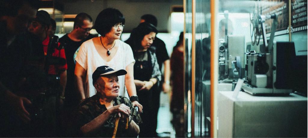 讣告:致敬中国第一剪刀手:傅正义先生